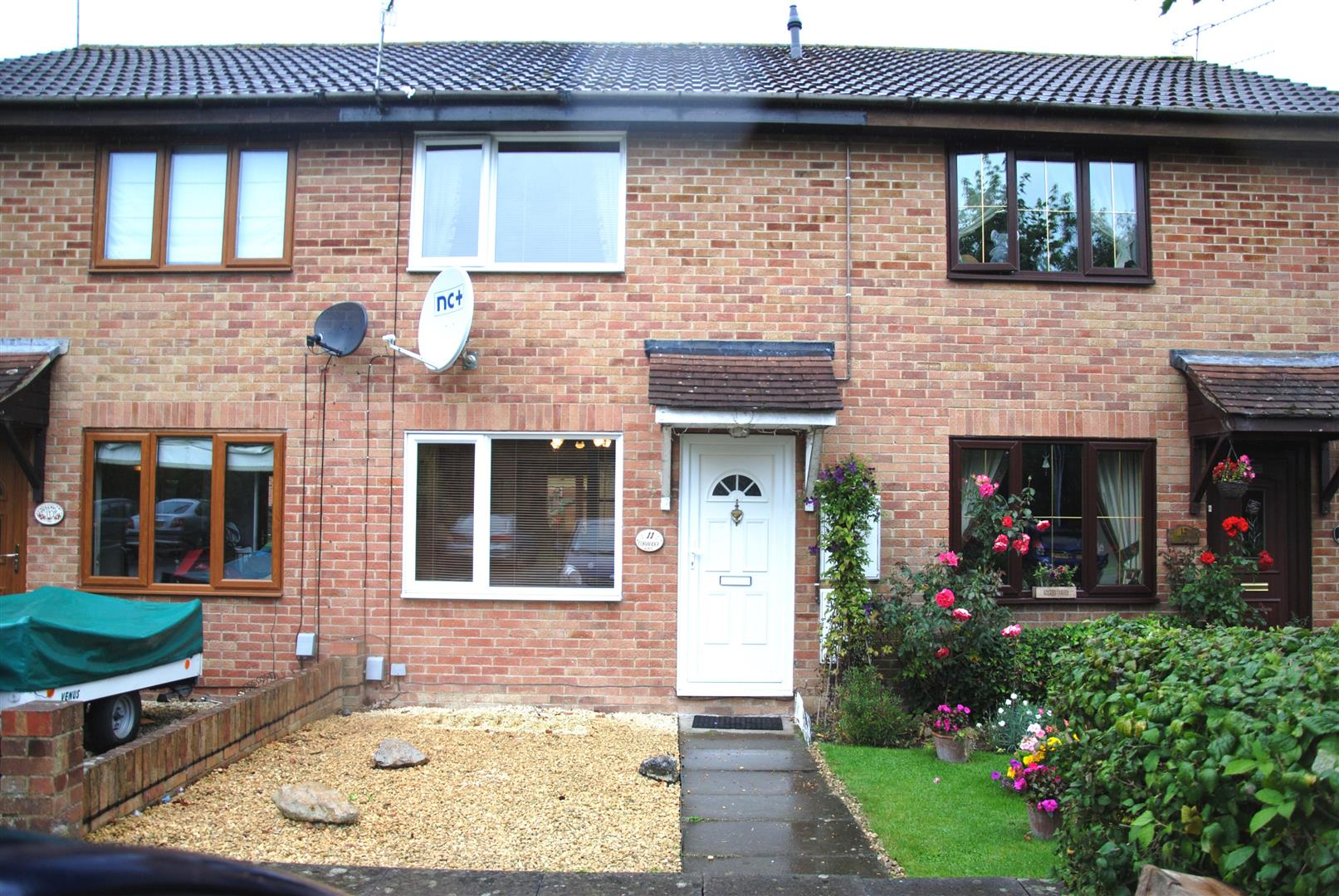 2 Bedrooms Terraced House for sale in Coriander Way, Hayden Wick, Swindon
